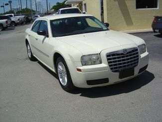 2009 Chrysler 300 LX San Antonio, Texas 3