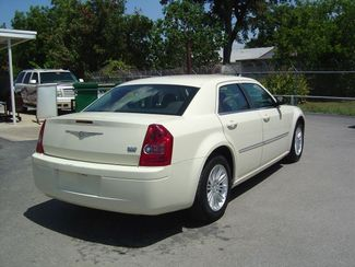 2009 Chrysler 300 LX San Antonio, Texas 5