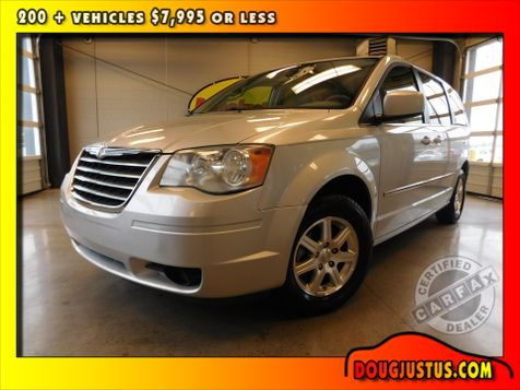 2009 Chrysler Town & Country Touring in Airport Motor Mile ( Metro Knoxville ), TN