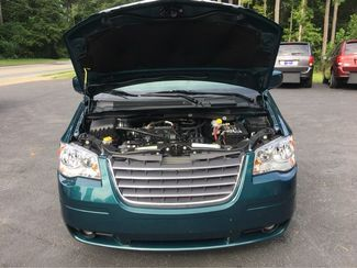 2009 Chrysler Town & Country Touring Handicap Wheelchair Accessible Van Dallas, Georgia 16