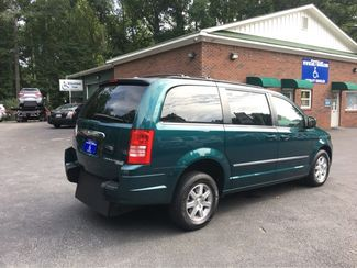 2009 Chrysler Town & Country Touring Handicap Wheelchair Accessible Van Dallas, Georgia 20