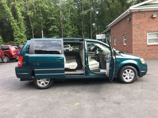 2009 Chrysler Town & Country Touring Handicap Wheelchair Accessible Van Dallas, Georgia 21
