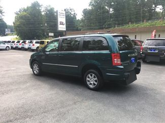 2009 Chrysler Town & Country Touring Handicap Wheelchair Accessible Van Dallas, Georgia 5