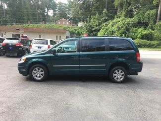 2009 Chrysler Town & Country Touring Handicap Wheelchair Accessible Van Dallas, Georgia 6