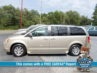 2009 Chrysler Town & Country in Harrisonburg VA
