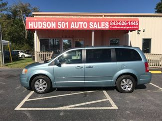2009 Chrysler Town & Country Touring | Myrtle Beach, South Carolina | Hudson Auto Sales in Myrtle Beach South Carolina