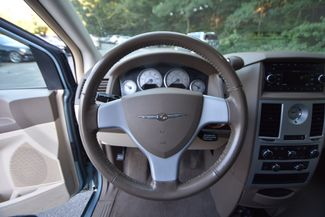 2009 Chrysler Town & Country Touring Naugatuck, Connecticut 17