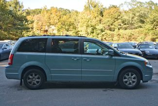 2009 Chrysler Town & Country Touring Naugatuck, Connecticut 5