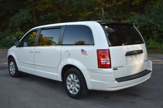 2009 Chrysler Town & Country LX Naugatuck, Connecticut 2