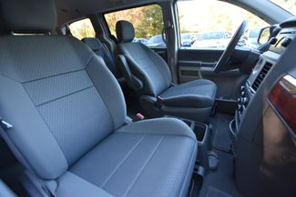 2009 Chrysler Town & Country LX Naugatuck, Connecticut 9