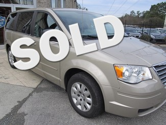 2009 Chrysler Town & Country LX Raleigh, North Carolina