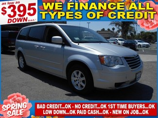 2009 Chrysler Town & Country Touring in Santa Ana California