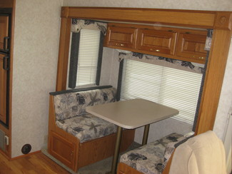 2005 Damon 29' Day Break w/ 2 slideouts For Sale or Rent Katy, Texas 9