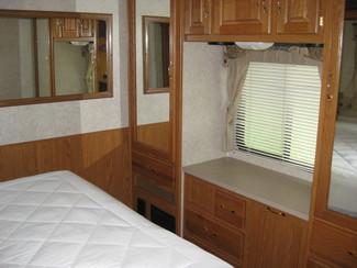 2005 Damon 29' Day Break w/ 2 slideouts For Sale or Rent Katy, Texas 11