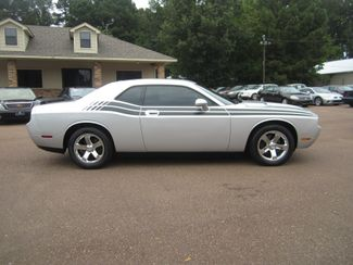 2009 Dodge Challenger SE Batesville, Mississippi 1