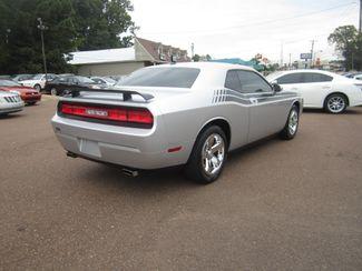 2009 Dodge Challenger SE Batesville, Mississippi 6