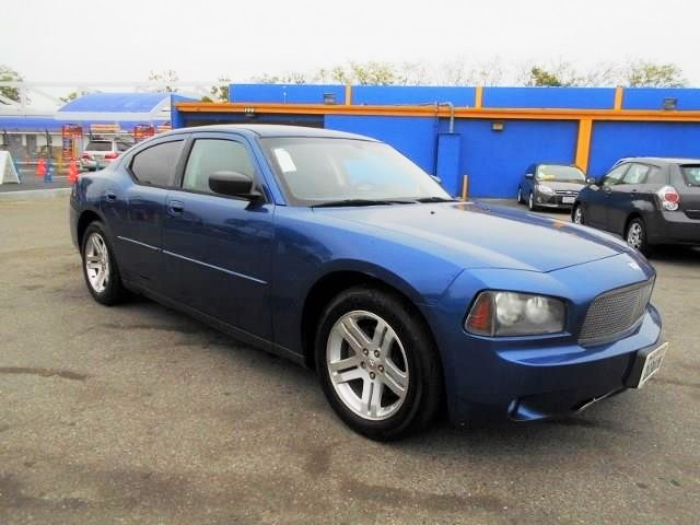 2009 Dodge Charger SE Limited warranty included to assure your worry-free purchase AutoCheck repo