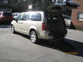 2009 Dodge Grand Caravan handicap wheelchair accessible van Dallas, Georgia