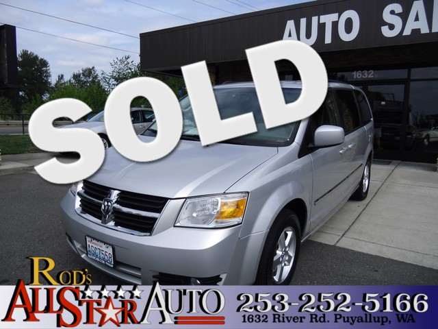 2009 Dodge Grand Caravan SXT Have you been looking for a nicer van for the family Something with
