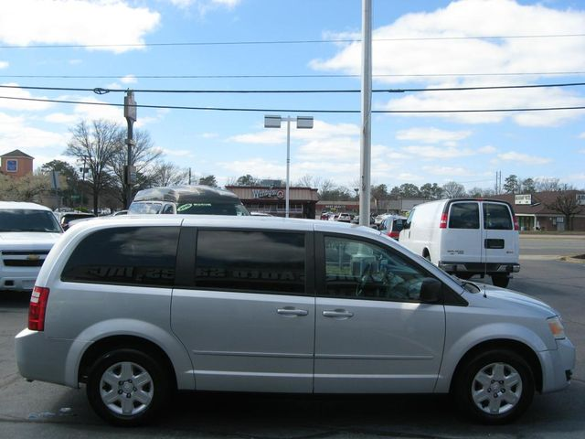 2009 Dodge Grand Caravan SE Richmond, Virginia 4