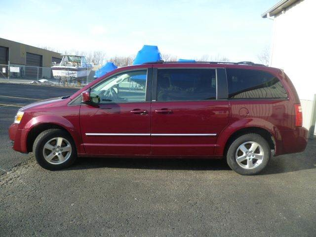 2009 Dodge Grand Caravan SXT Roscoe, Illinois 1