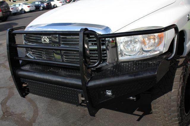 2009 Dodge Ram 2500 Laramie MEGA Cab 4x4 - LIFTED - LOT$ OF EXTRA$! Mooresville , NC 26