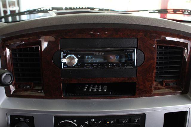 2009 Dodge Ram 2500 Laramie MEGA Cab 4x4 - LIFTED - LOT$ OF EXTRA$! Mooresville , NC 36