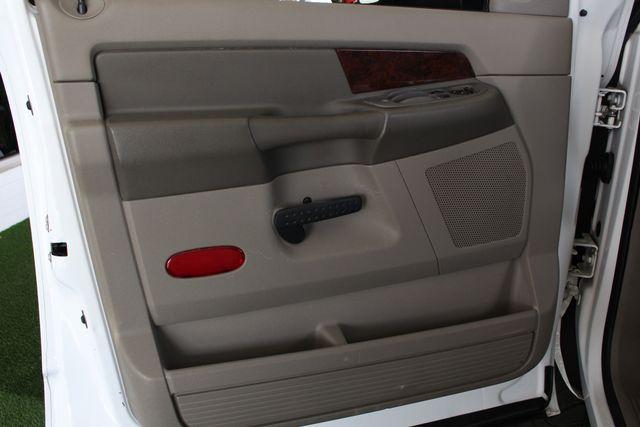 2009 Dodge Ram 2500 Laramie MEGA Cab 4x4 - LIFTED - LOT$ OF EXTRA$! Mooresville , NC 46
