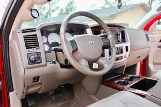 2009 Dodge Ram 2500 Laramie Quad Cab 4X4 6.7L Cummins Diesel Auto Loaded Sealy, Texas 32