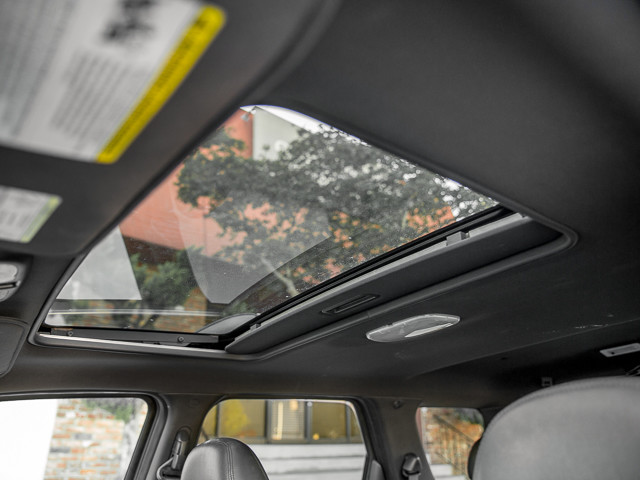 2009 Ford Escape Limited Burbank, CA 23