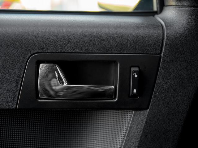 2009 Ford Escape Limited Burbank, CA 24