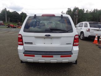 2009 Ford Escape XLS Hoosick Falls, New York 3