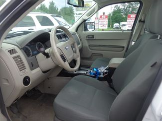 2009 Ford Escape XLS Hoosick Falls, New York 5