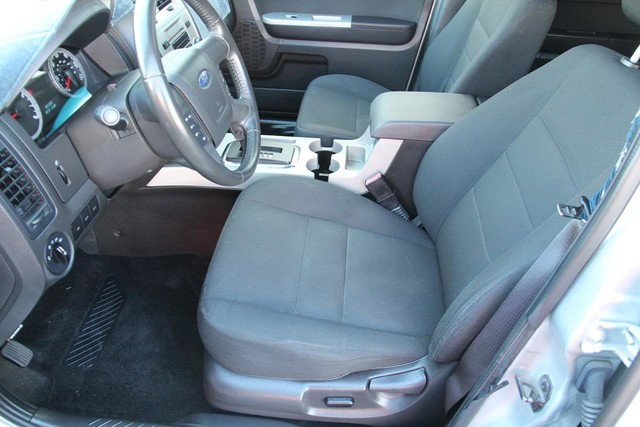 2009 Ford Escape XLT Santa Clarita, CA 12