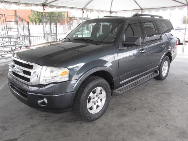 2009 Ford Expedition XLT This particular Vehicle comes with 3rd Row Seat Please call or e-mail to