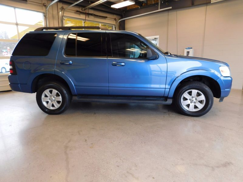 2009 Ford Explorer XLT  city TN  Doug Justus Auto Center Inc  in Airport Motor Mile ( Metro Knoxville ), TN