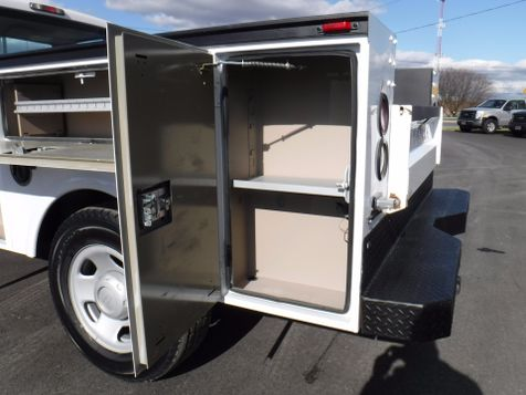 2009 Ford F350 Utility 2wd in Ephrata, PA