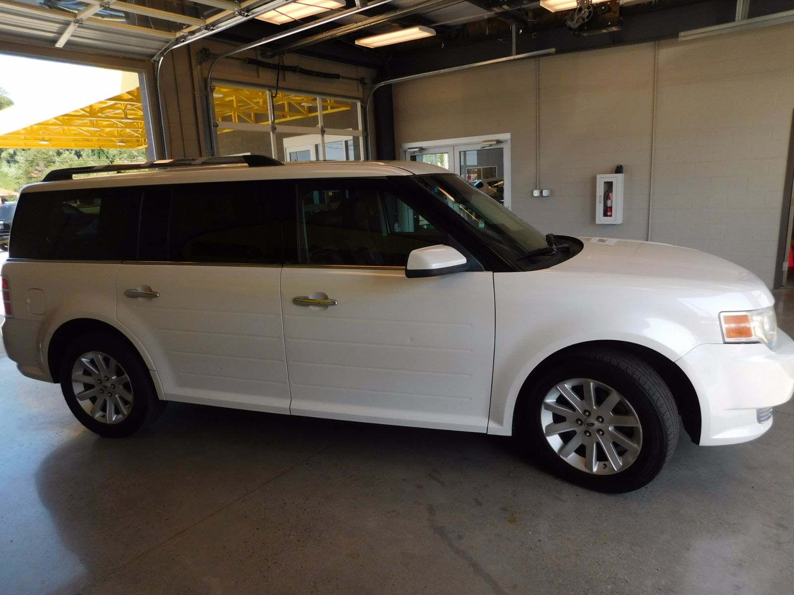 2009 ford flex sel city tn doug justus auto center inc. Black Bedroom Furniture Sets. Home Design Ideas