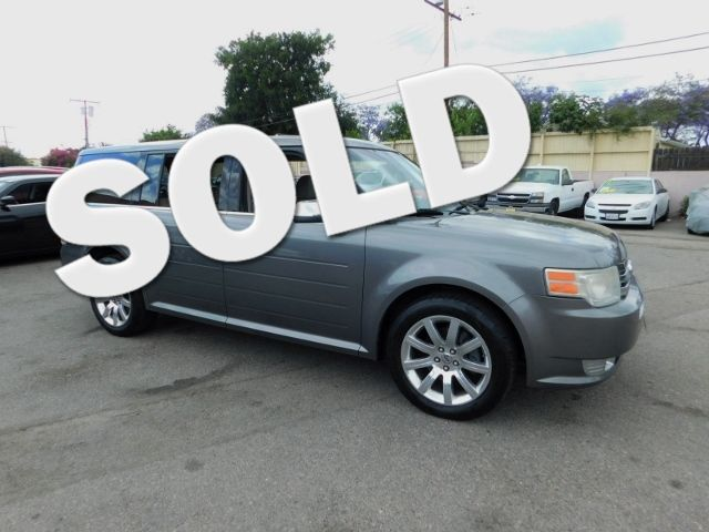 2009 Ford Flex Limited Limited warranty included to assure your worry-free purchase AutoCheck rep
