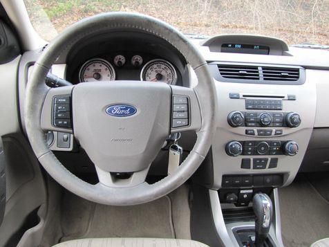 2009 Ford Focus SE | Louisville, Kentucky | iDrive Financial in Louisville, Kentucky