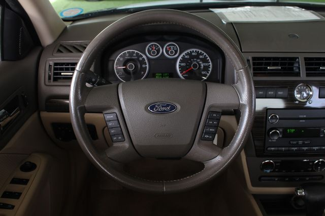 2009 Ford Fusion SEL FWD - MOON & TUNE PKG - HEATED LEATHER! Mooresville , NC 5