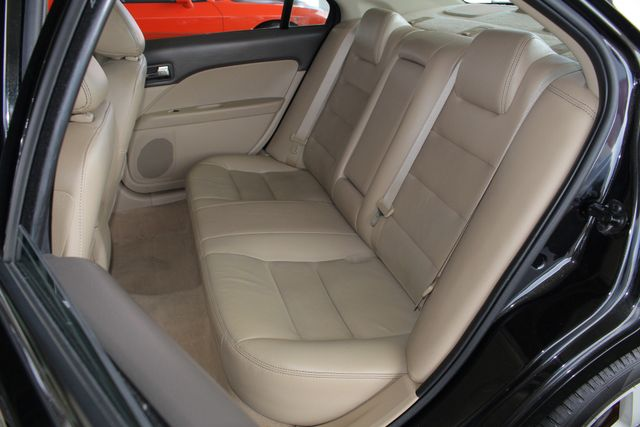 2009 Ford Fusion SEL FWD - MOON & TUNE PKG - HEATED LEATHER! Mooresville , NC 10