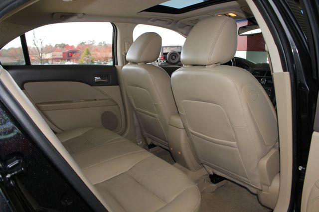 2009 Ford Fusion SEL FWD - MOON & TUNE PKG - HEATED LEATHER! Mooresville , NC 39