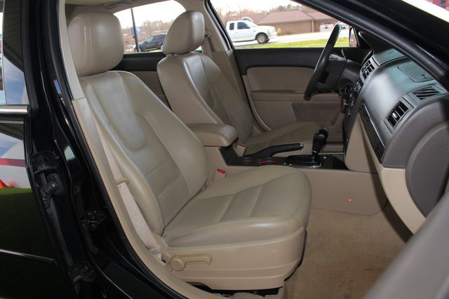 2009 Ford Fusion SEL FWD - MOON & TUNE PKG - HEATED LEATHER! Mooresville , NC 13