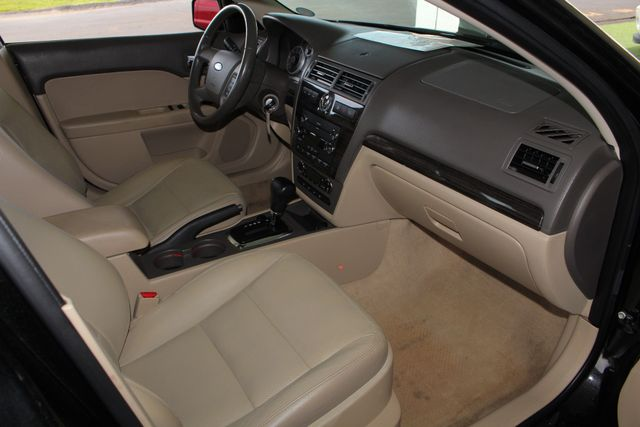2009 Ford Fusion SEL FWD - MOON & TUNE PKG - HEATED LEATHER! Mooresville , NC 30
