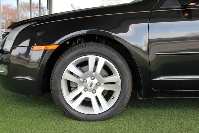 2009 Ford Fusion SEL FWD - MOON & TUNE PKG - HEATED LEATHER! Mooresville , NC 20