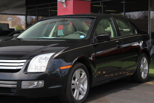 2009 Ford Fusion SEL FWD - MOON & TUNE PKG - HEATED LEATHER! Mooresville , NC 26