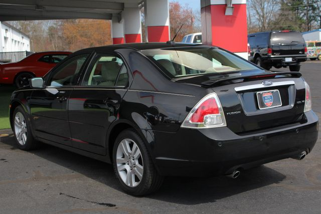 2009 Ford Fusion SEL FWD - MOON & TUNE PKG - HEATED LEATHER! Mooresville , NC 24