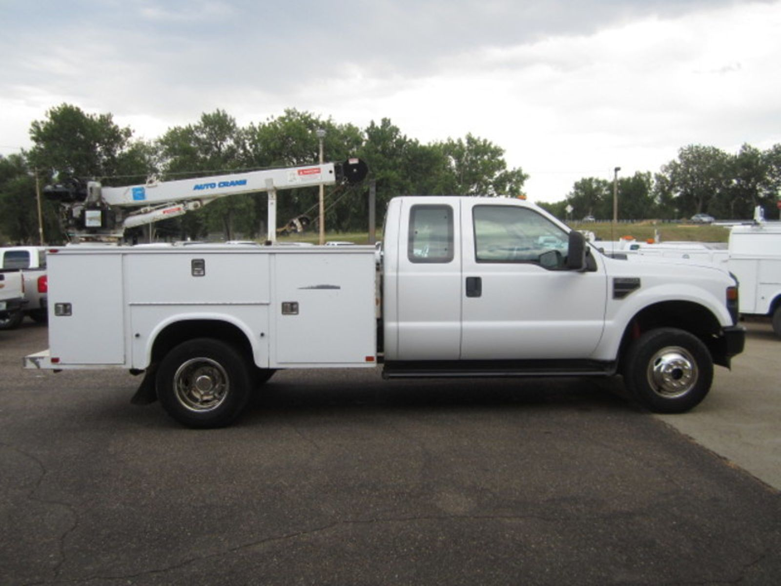 2009 ford super duty f 350 drw xl glendive mt glendive. Black Bedroom Furniture Sets. Home Design Ideas