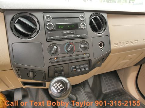 2009 Ford Super Duty F-350 DRW XL 6 SPEED MANUAL TRANSMISSION in Memphis, Tennessee
